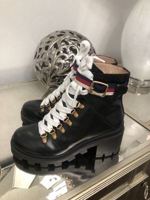 Gucci Leather Ankle Boot With Sylvie Web Women's Size 6 for Sale in Tolleson, AZ