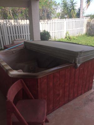 Hot Tub/ Jacuzzi/ Spa for Sale in Kissimmee, FL