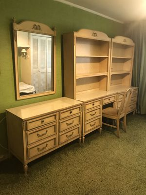 Antique bedroom dresser set for Sale in Brooklyn, NY
