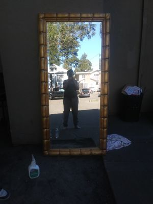 Exlarge beveld mirror 6 1/2 feet tall 3feet wide for Sale in Oakland, CA
