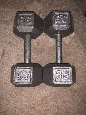 35lb iron dumbbell set for Sale in Phoenix, AZ