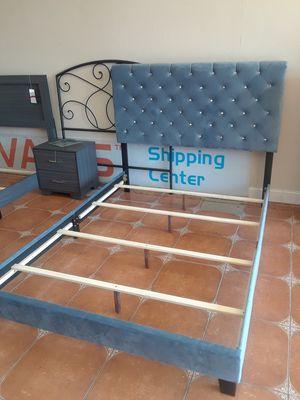 Nice blue velvet queen bed frame for Sale in Antioch, CA