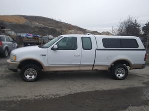 1997 Ford F150 4x4 190k miles!!!! NEEDS TRANSMISSION for Sale in Oxon Hill, MD
