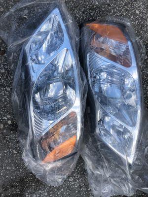 2000 Toyota Avalon headlights for Sale in Gibsonton, FL