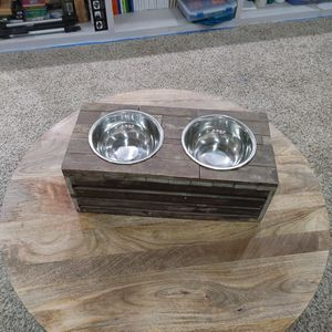 Double Dog Food Bowls for Sale in Puyallup, WA