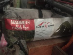 Mammoth 12 x 10 2 room tent suisse cross sport used 2 times for Sale in Cumberland, RI