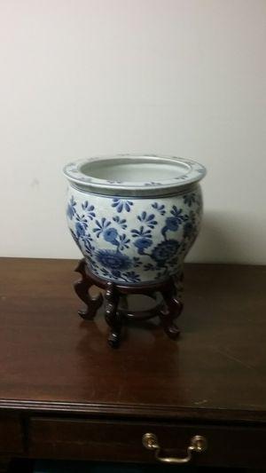 Ceramic flower pot for Sale in Chicago, IL