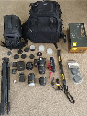 Nikon D5200 DSLR w/ 4 lenses, Rode audio, 2 camera bags & more for Sale in St. Louis, MO