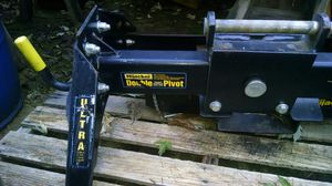 Heavy duty fifth wheel hitch for Sale in Vancouver, WA