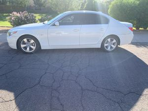 2007 BMW 530i GREAT SHAPE CAR ACTUALLY LOOKS LIKE PICS for Sale in Gilbert, AZ