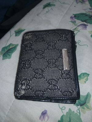 Gucci wallet for Sale in Milwaukie, OR