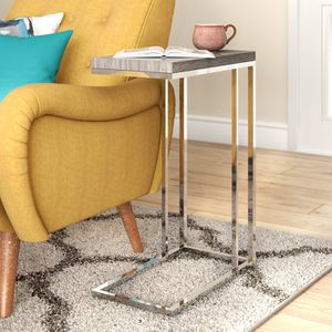 Grey end table for Sale in Austin, TX