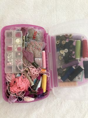 2 sewing boxes full of stuff for Sale in Orlando, FL