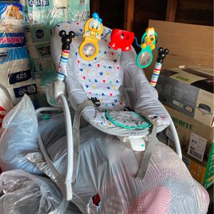 Baby Lounge Chair for Sale in Redding, CA