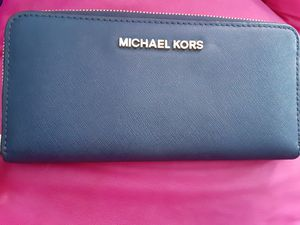 Michael Kors wallet for Sale in Baltimore, MD