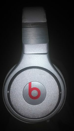 Studio Beats Pro By Dr.Dre (just needs aux cords) for Sale in Portland, OR