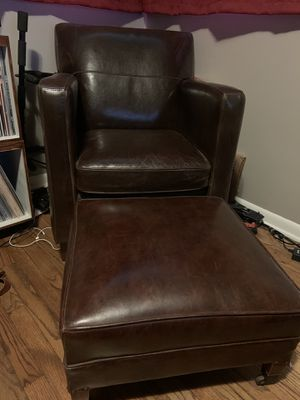 Bradington Leather Seat and Ottoman for Sale in Broadview Heights, OH