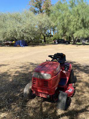 Tractor de cesped for Sale in Phoenix, AZ