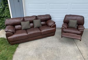 Modern matching leather couch & recliner chair for Sale in Vancouver, WA