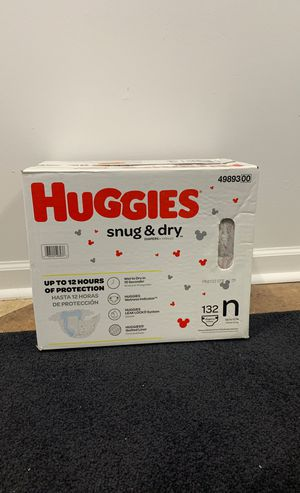 Huggies Size Newborn 132 ct for Sale in Chicago, IL