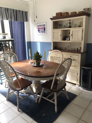 Kitchen Nook Table and Bar Armoire for Sale in FL, US