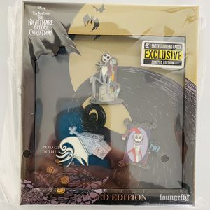 Nightmare Before Christmas LE Pin Set for Sale in Sloan, NV