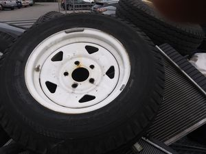 """5lug 14"""" trailer tires and rims(3) for Sale in Austin, TX"""