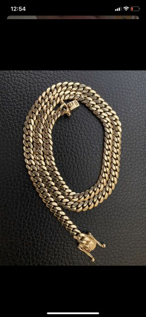 Cuban link chain for Sale in Tampa, FL