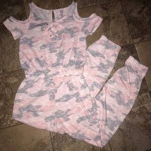 Justice girls pink pastel camo pants romper with peekaboo shoulder for Sale in Pinellas Park, FL