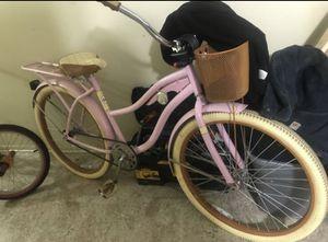 Pink Huffy Cruiser Bike for Sale in Aurora, IL