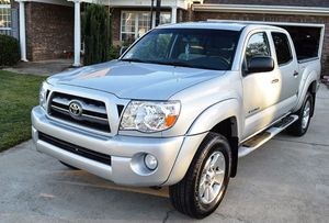 Nice 2005 Toyota Tacoma 4WDWheels One Owner for Sale in Washington, DC