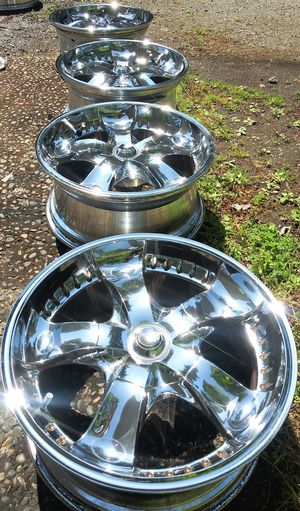 Set 4 wheels 20inch Toyota 6holes 6x5.5 Chevy, Nissan, Tahoe,Silverado for Sale in Vancouver, WA