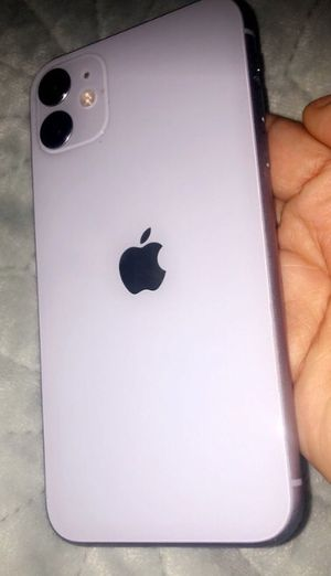 iPhone 11 (UNLOCKED AND CHEAP FOR ANY CARRIER) for Sale in Paducah, KY