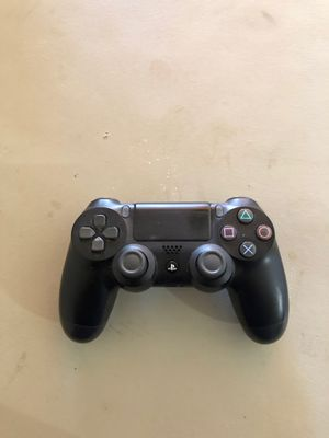 Ps4 controller asking $25 for Sale in Los Angeles, CA