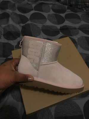 Uggs for Sale for sale  Roselle, NJ