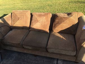 Couch for Sale in Missouri City, TX