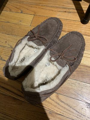 Brown moccasin UGGs size 9 for Sale in New York, NY