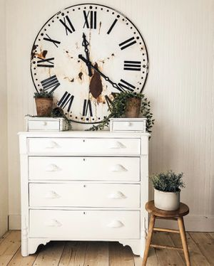 Beautiful Antique Dresser for Sale in Mount Vernon, WA