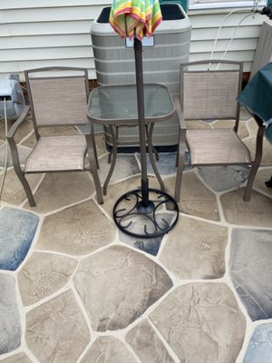 Patio chairs and table for Sale in Spartanburg, SC