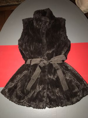 Banana Republic Dark Brown Faux Fur Vest Size S with optional ribbon belt that came with vest. for Sale in St. Louis, MO