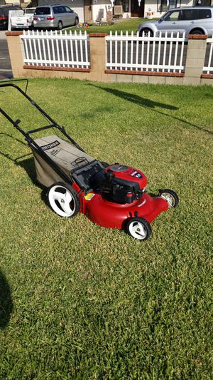 21 inch 6 HP Craftsman Push Lawn mower Runs Good $100 Dollars or best offer for Sale in Bloomington, CA
