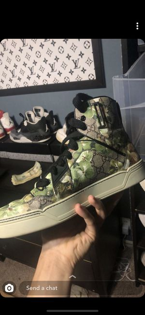 Gucci bloom print high tops for Sale in OH, US