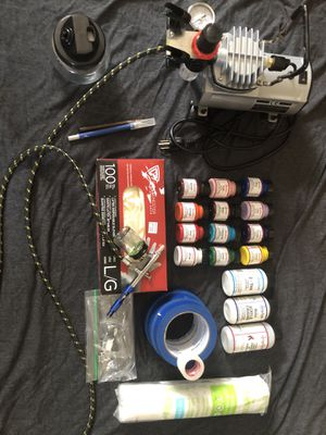 Air compressor with airbrush for Sale in Grand Rapids, MI