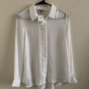 H&M White dress shirt Woman's Size 8 for Sale in Denver, CO