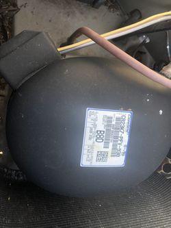 2 ton compressor r22 freon for Sale in Miami Gardens,  FL