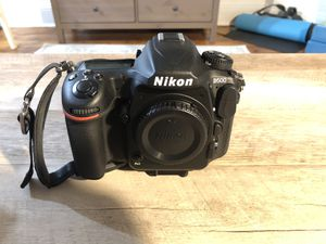 Nikon D500 DSLR Camera body only for Sale in Brooklyn, NY