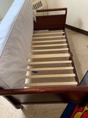 Brand new toddlers bed for Sale in Albany, NY