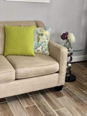 Loveseat and 2 end tables for Sale in Alexandria, VA