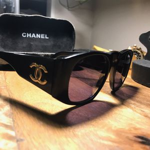 Chanel Sunglasses Vintage for Sale in Los Angeles, CA