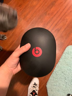 Beats By Dre Solo 3 EP for Sale in Levittown, PA